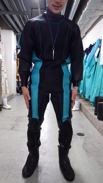 201506_wetsuit_1.jpg