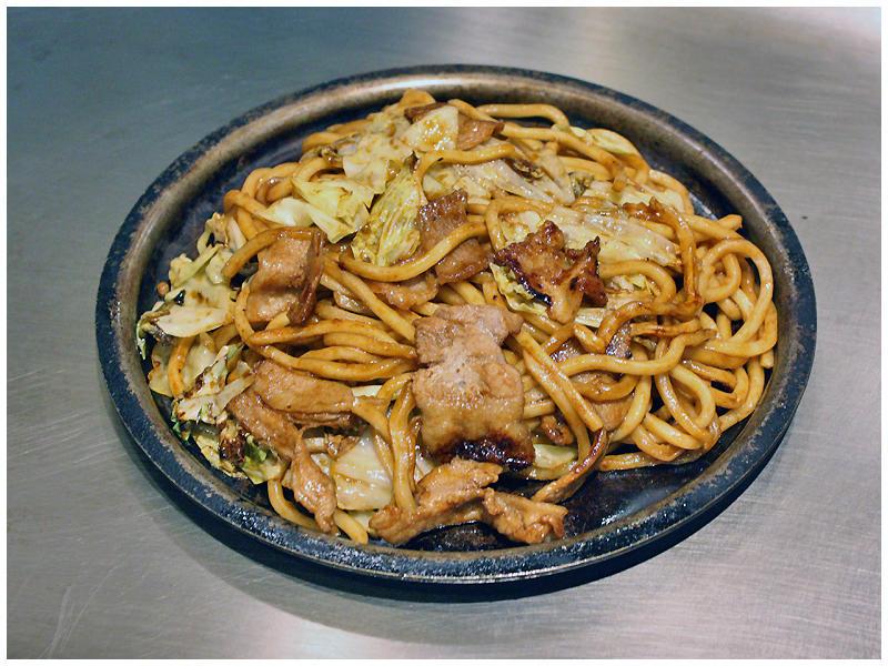 北海道ポークの豚焼そばイメージ
